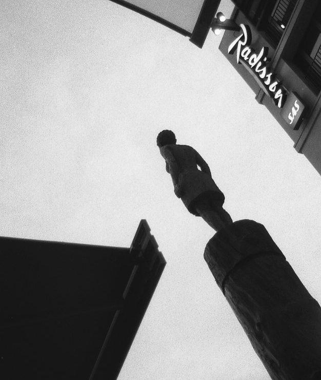 Παράθυρα στο φως και στη σκιά του Βερολίνου